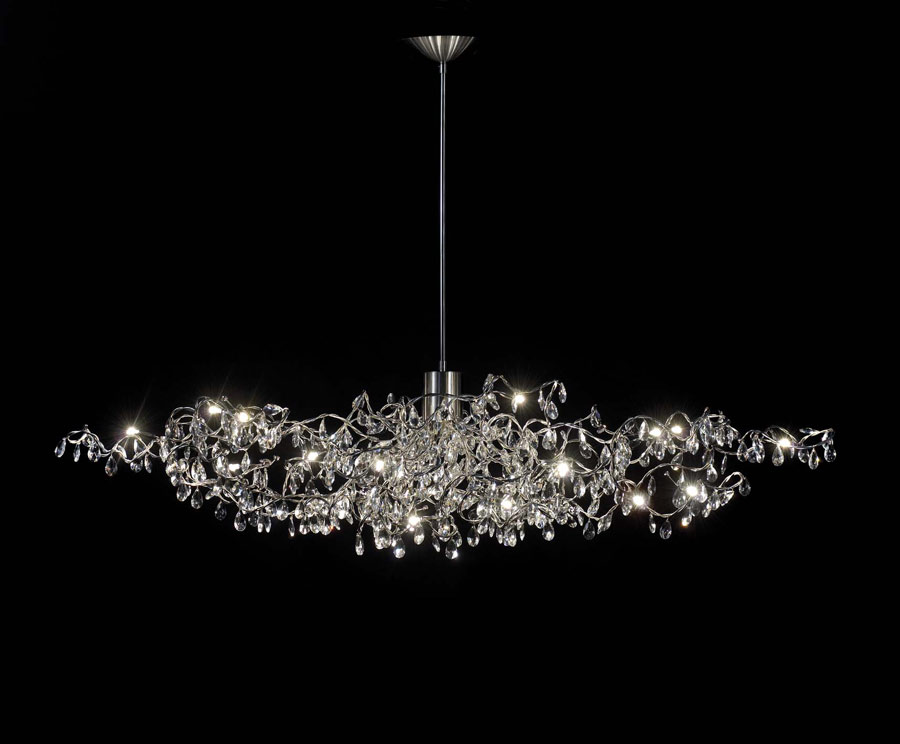 tiara ovale lustre 24 lumi res transparent en verre taill. Black Bedroom Furniture Sets. Home Design Ideas