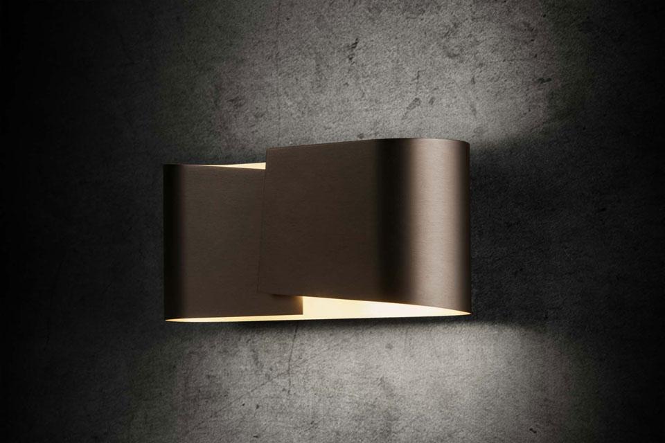 applique en m tal fum mat int rieur dor holtk tter luminaire allemand haut de gamme r f. Black Bedroom Furniture Sets. Home Design Ideas