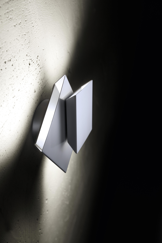 Applique murale Cubic en aluminium mat. Holtkötter.