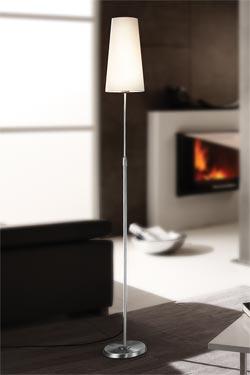 Lampadaire abat-jour conique blanc pied cylindre métal nickelé mat. Holtkötter.