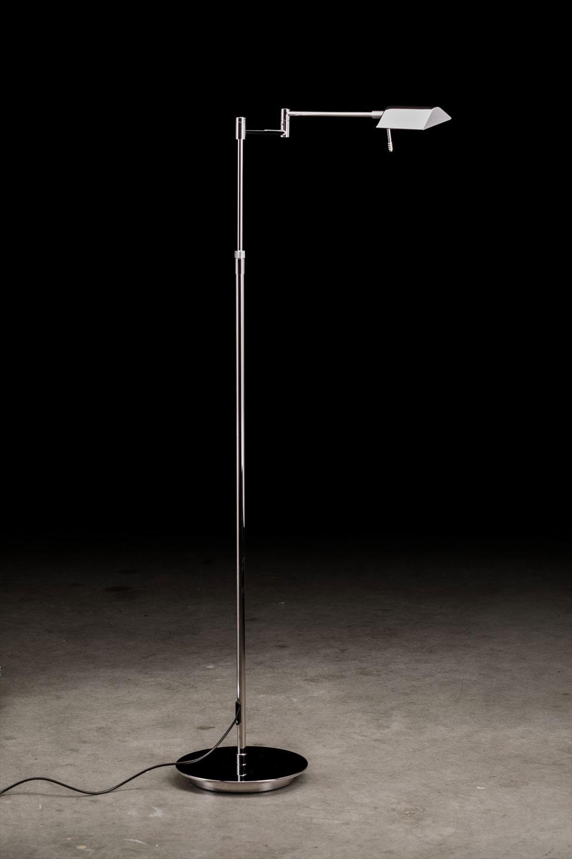 Liseuse éclairage LED haute qualité en métal chromé. Holtkötter.