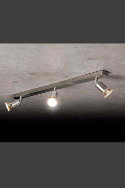 Spot aluminium mat orientable sur rotule rail de 3 lumières. Holtkötter.