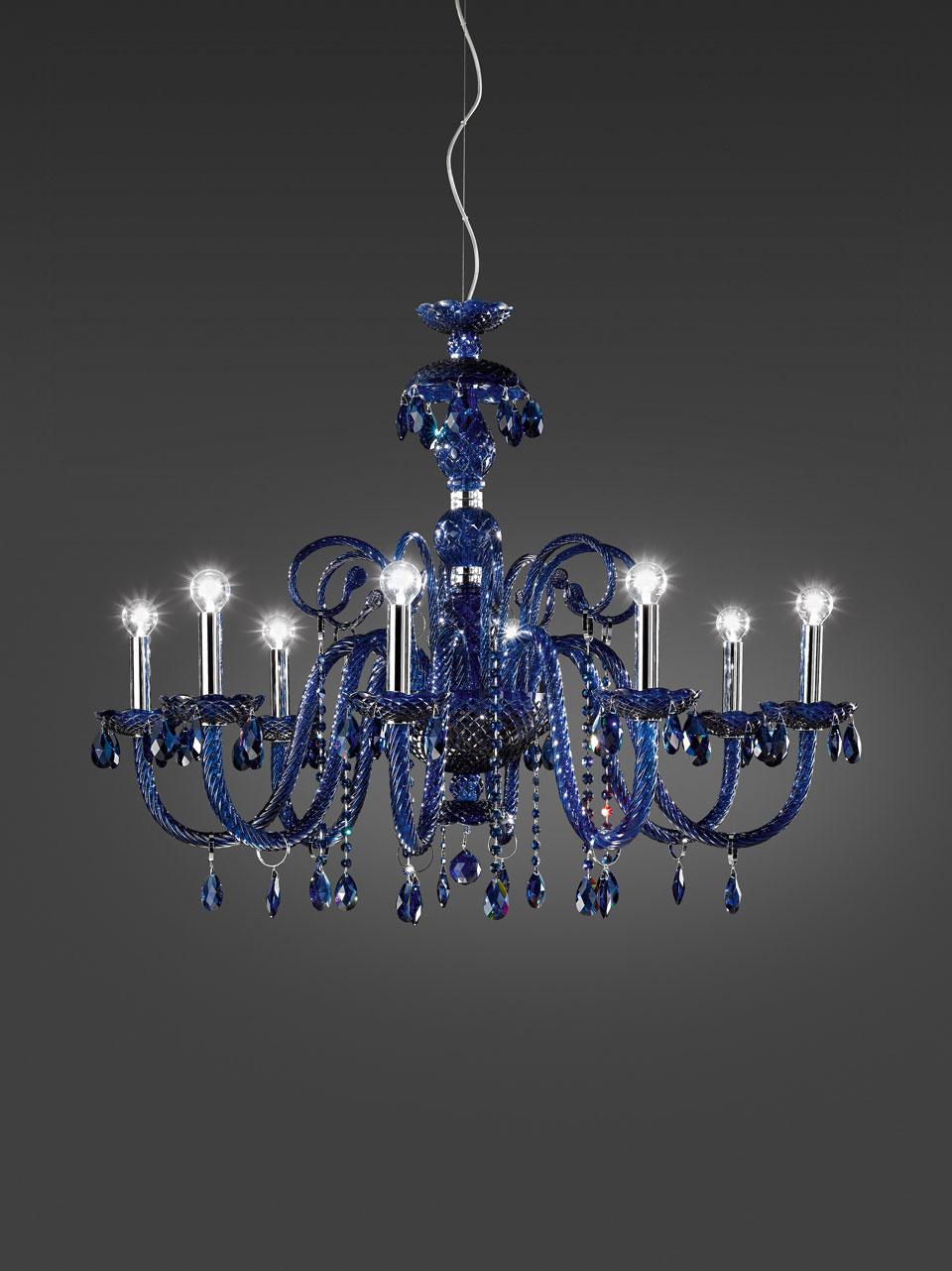 Evergreen blue crystal chandelier 8 lights and blue glass drops. Italamp.