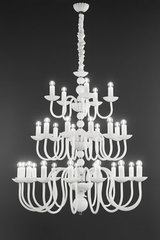Large white chandelier 30 lights. Italamp.