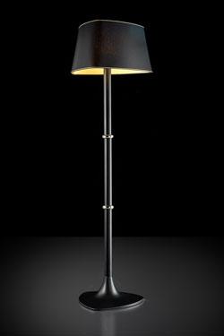 Lampadaire noir et doré pied en métal noir mat et détail doré Hugo. Italamp.