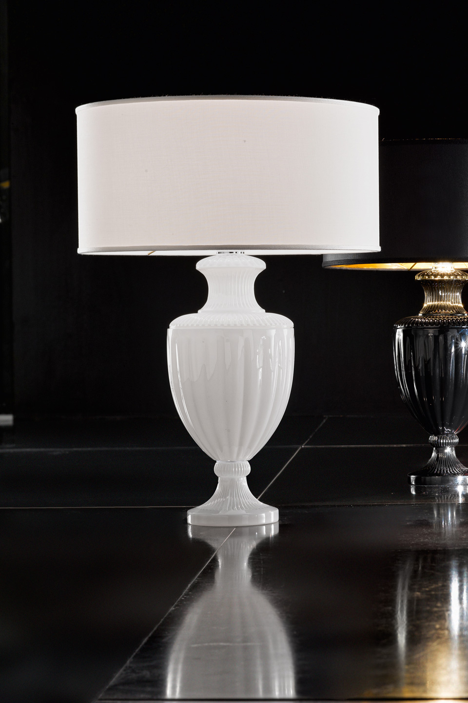 White Carved Crystal Table Lamp Italamp Lampe De Table Classic And Contemporary Chandelier Ref 18050069