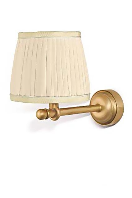 Figaro H applique en bronze doré et abat-jour en soie plissée ivoire. Jacques Garcia.