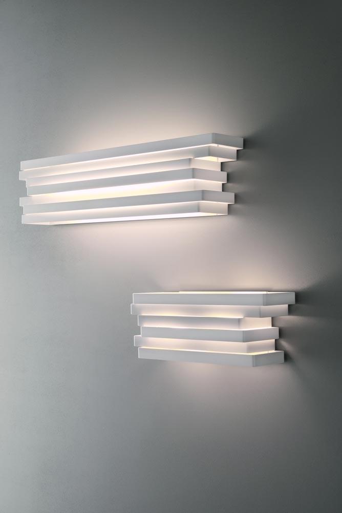 applique murale en aluminium blanc rectangles superpos s escape 44cm r f 13110224. Black Bedroom Furniture Sets. Home Design Ideas