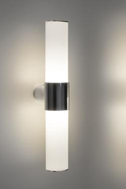 Applique au design et fonctionnelle, tube en méthacrylate opale et  aluminium poli, IP44