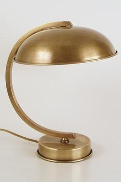 CM42 lampe de table en laiton vieilli forme sphère. Latoaria.