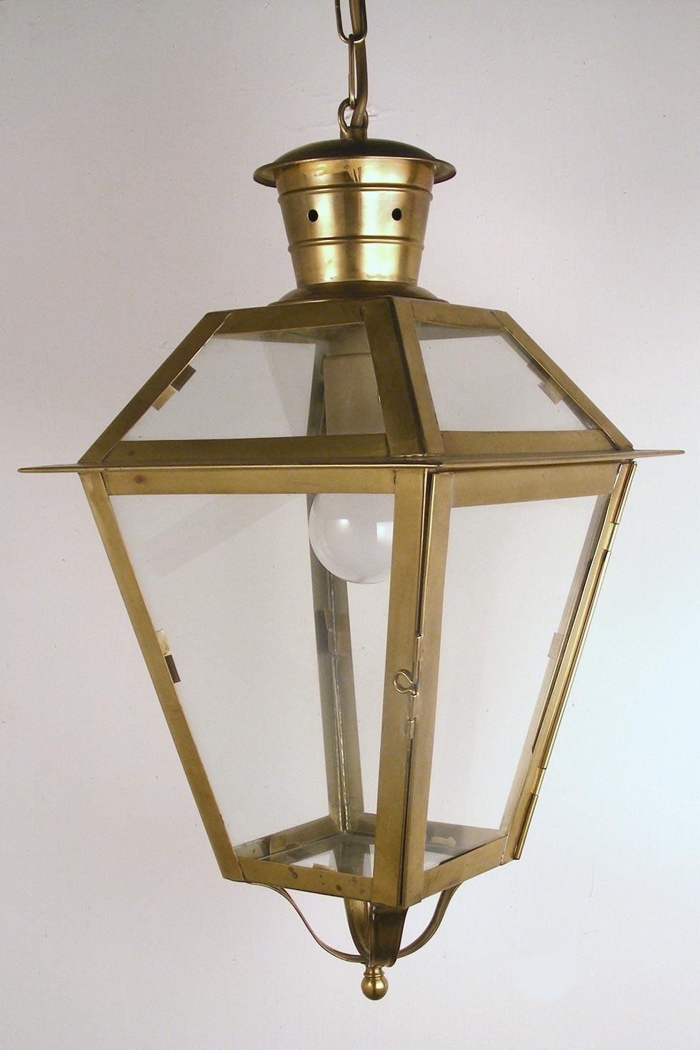 Portico n°1 LS27 lanterne laiton vieilli naturel. Latoaria.