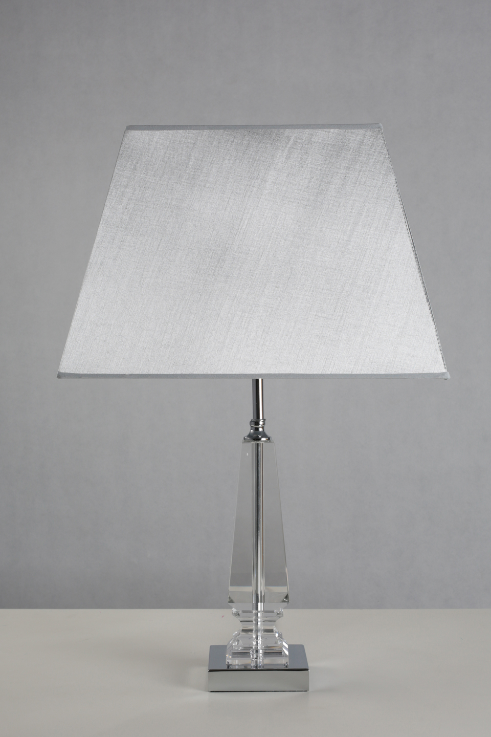 White Table Lamp Pyramid Square And Base Shade Metal jRL35A4