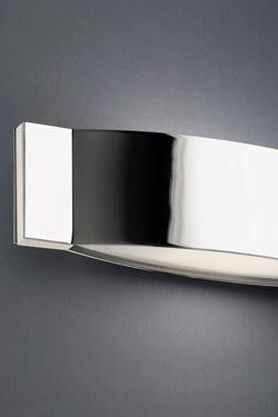 Slimm applique design bombée chrome et verre. Leds C4.