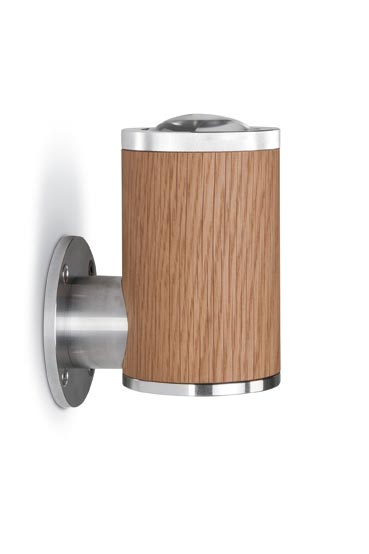 Athene applique LED en bois et aluminium, de forme cylindrique. Less