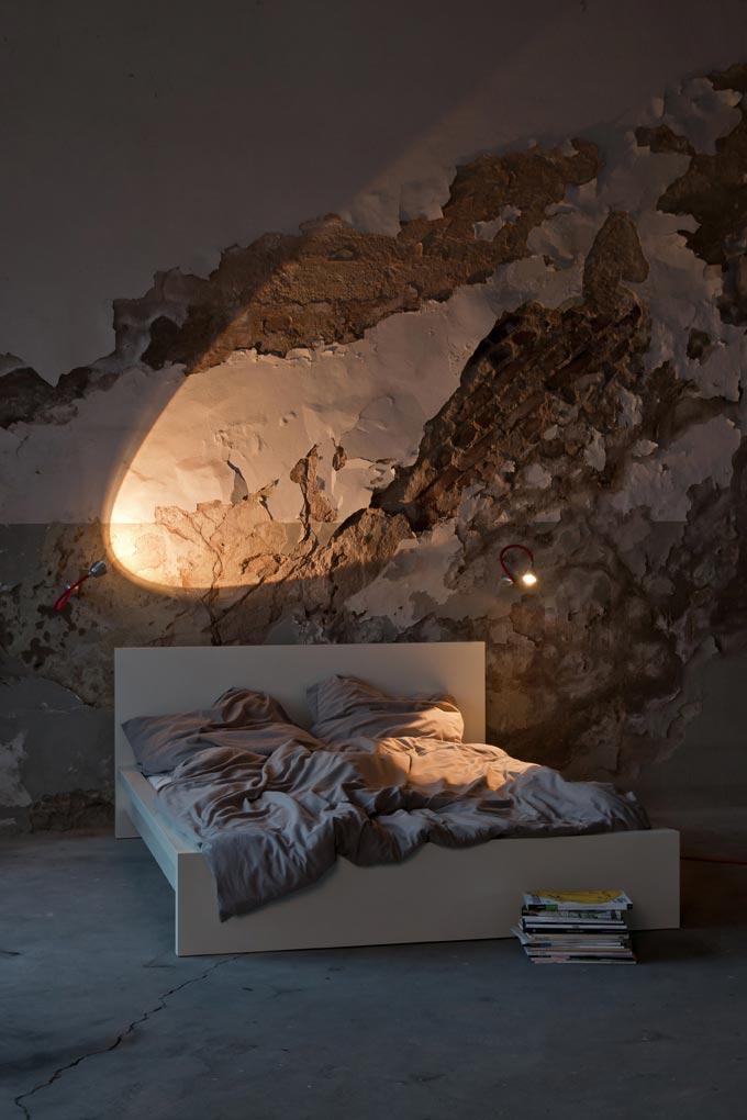 athene wand applique led en aluminium sur flexible 42cm en tissu noir less n more luminaire. Black Bedroom Furniture Sets. Home Design Ideas