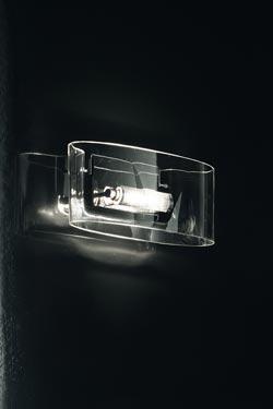 Applique Vittoria en verre transparent . Leucos.
