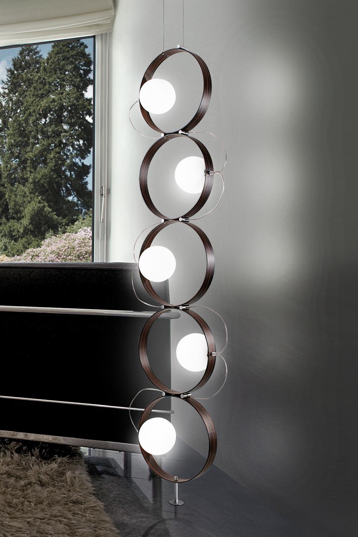 Lampadaire à cinq anneaux en bois d