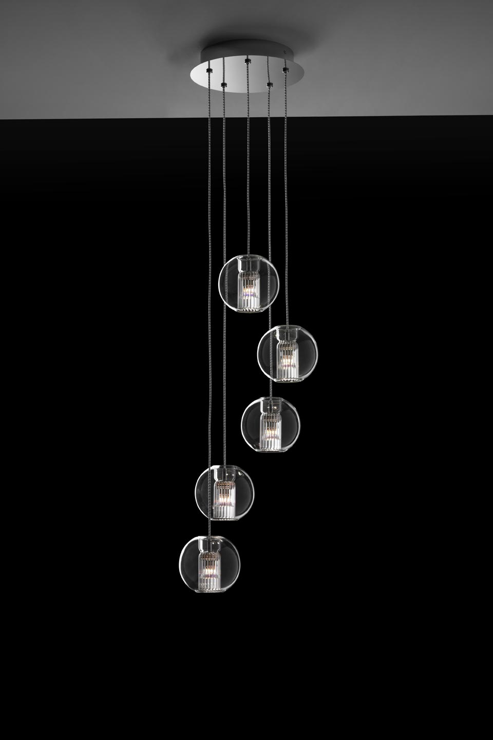 suspension fairy 5 boules en verre borosilicate transparent r f 16100103. Black Bedroom Furniture Sets. Home Design Ideas
