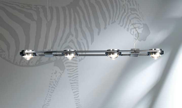 Ocular 4 Série 100 suspension en acier poli brillant. Licht Im Raum.