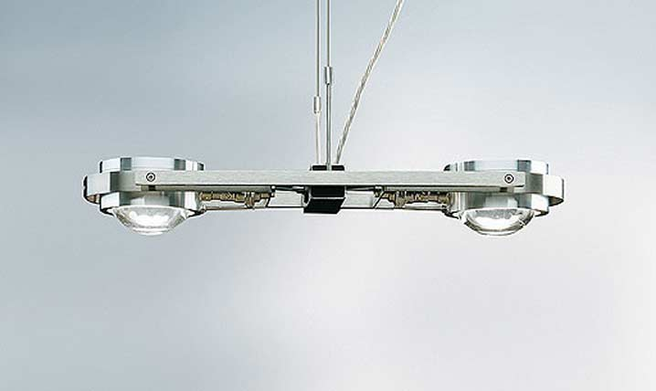 Ocular 2 suspension en acier brossé. Licht Im Raum.