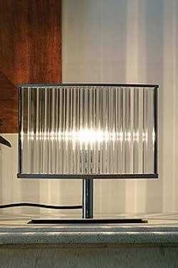 Stilio Lampe de table en acier brossé. Licht Im Raum.