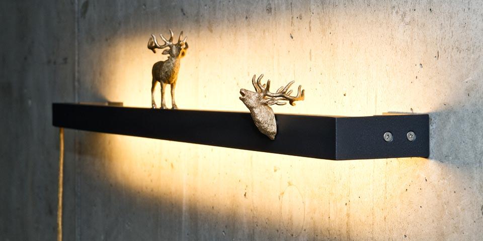 Applique WallLane cerfs dorées 100cm. LichtRaum Funktion.