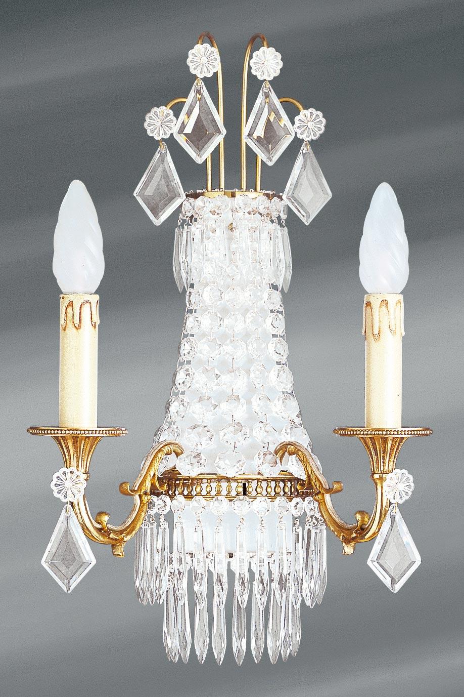 Applique cristal de bohème Louis XVI à trois lumières. Lucien Gau.