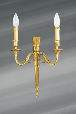 Applique à deux bougeoirs, Louis XVI, en bronze massif. Lucien Gau.