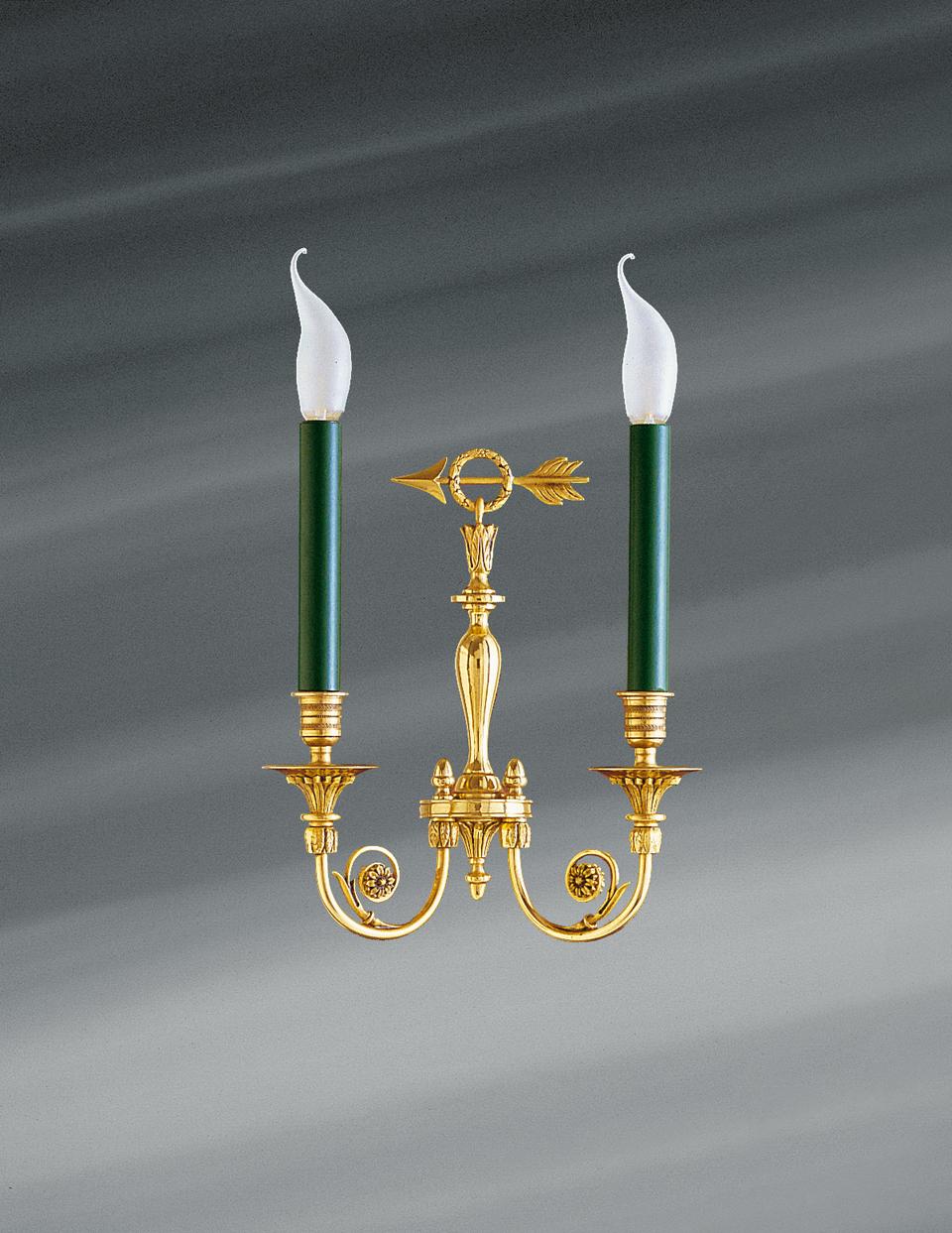Applique dorée de style Directoire, deux lumières, bronze massif. Lucien Gau.