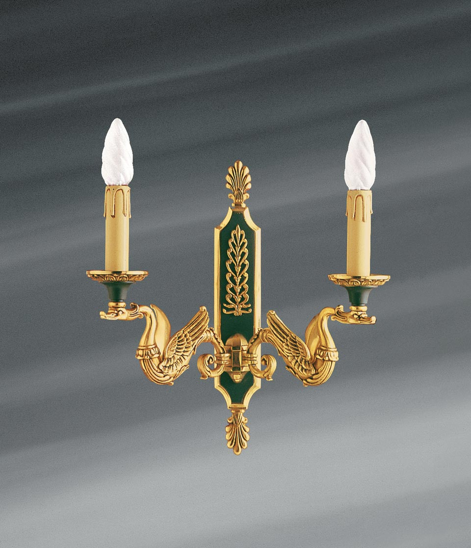 Applique dorée en bronze massif de style Empire, deux lumières. Lucien Gau.
