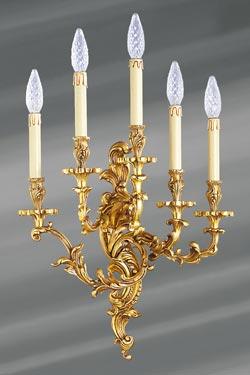 Applique Louis XV bronze vieil or cinq lumières. Lucien Gau.