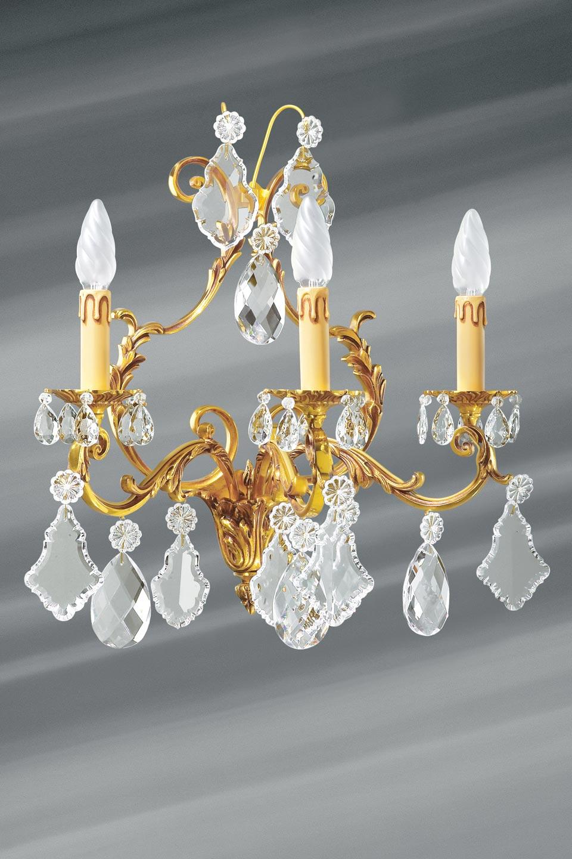 Applique Louis XV à pampilles en cristal de bohème dorée 3 lumières. Lucien Gau.