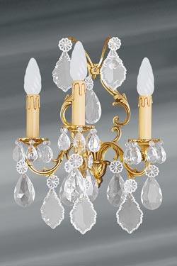 Applique pampilles cristal de bohème Louis XV doré trois lumières. Lucien Gau.