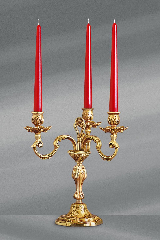 Chandelier bougeoir doré Louis XV trois bougies. Lucien Gau.
