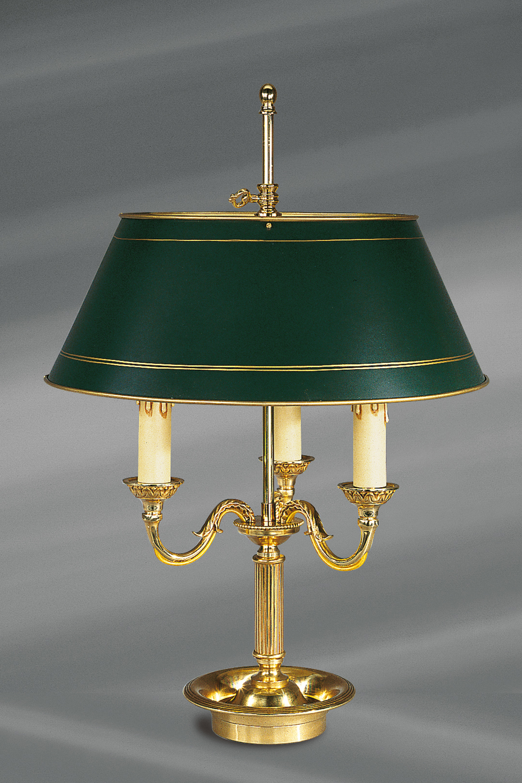 lampe en bronze dor style louis xvi abat jour vert peint lucien gau luminaires classiques. Black Bedroom Furniture Sets. Home Design Ideas