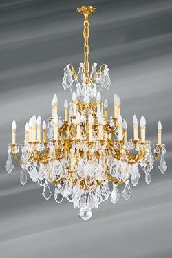 Lustre cristal de bohème Louis XV doré 45 lumières. Lucien Gau.