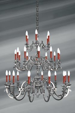 Lustre étain mat Louis XIII trente lumières. Lucien Gau.