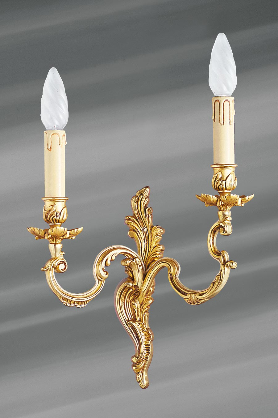 Louis Xv Old Gold Wall Lsconce Two Candlesticks Lucien Gau Massive Bronze Lightings Made In France Applique Murale En Bronze Massif De Style Louis Xv Munie De Deux Bougeoirs Ref 12020255