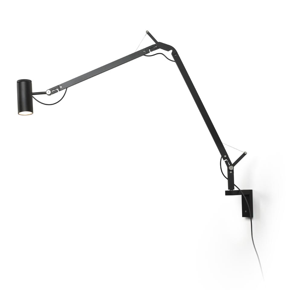 Lampe de bureau design noire fixation murale Polo. Marset.