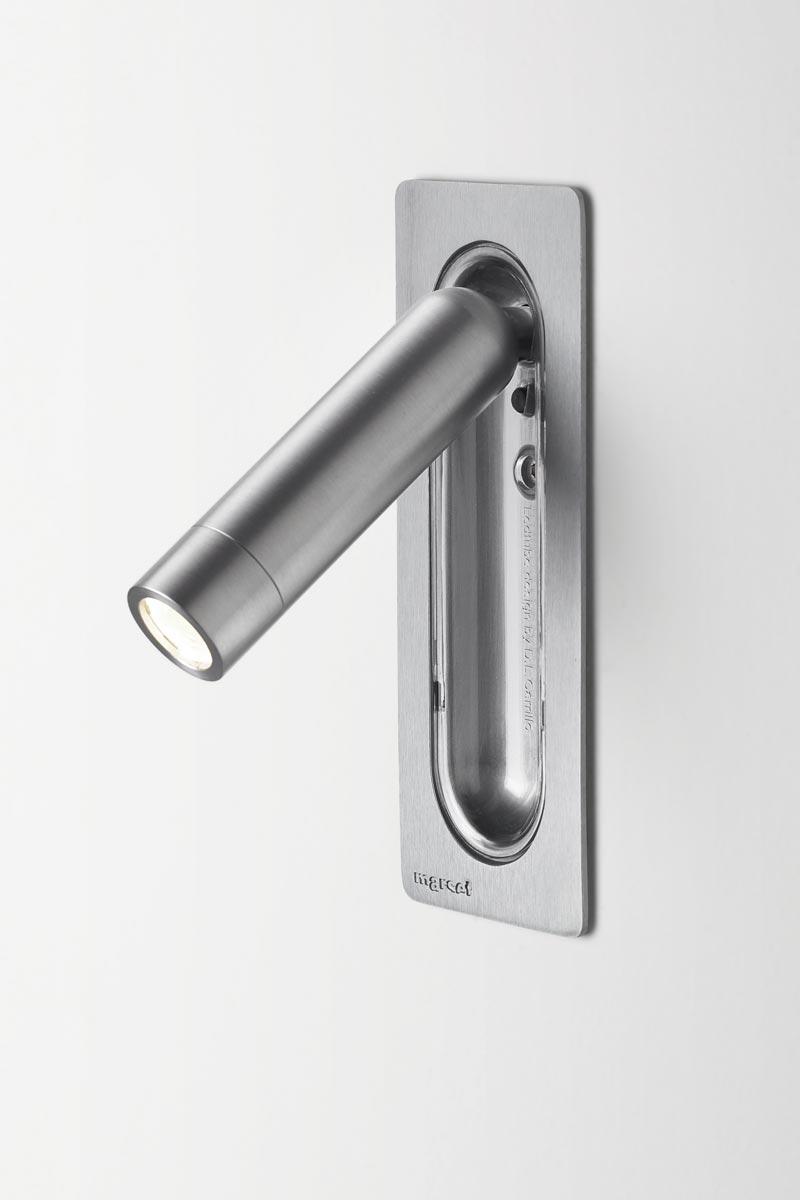 Led Tube - applique Led silver. Marset.