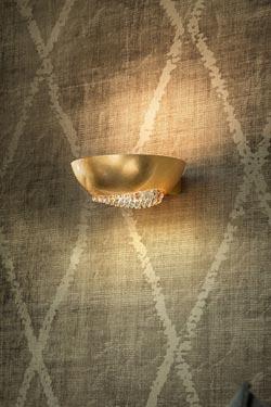 Applique Blink en aluminium doré à la feuille d'or. Masiero.