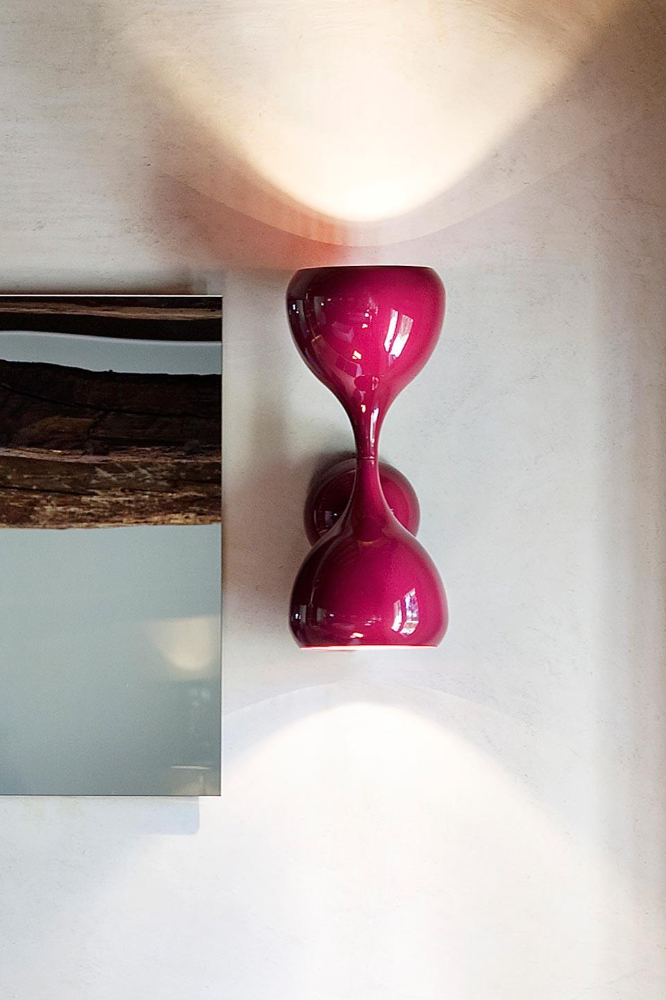 Applique Blob en métal laqué brillant. Masiero.