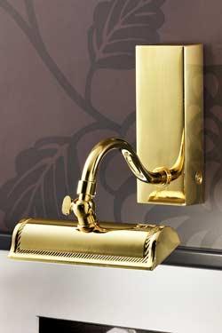 Applique pour tableau LED évasée dorée poli décoration classique striée. Masiero.