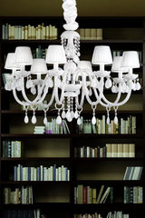 White 8-light Murano glass chandelier . Masiero.
