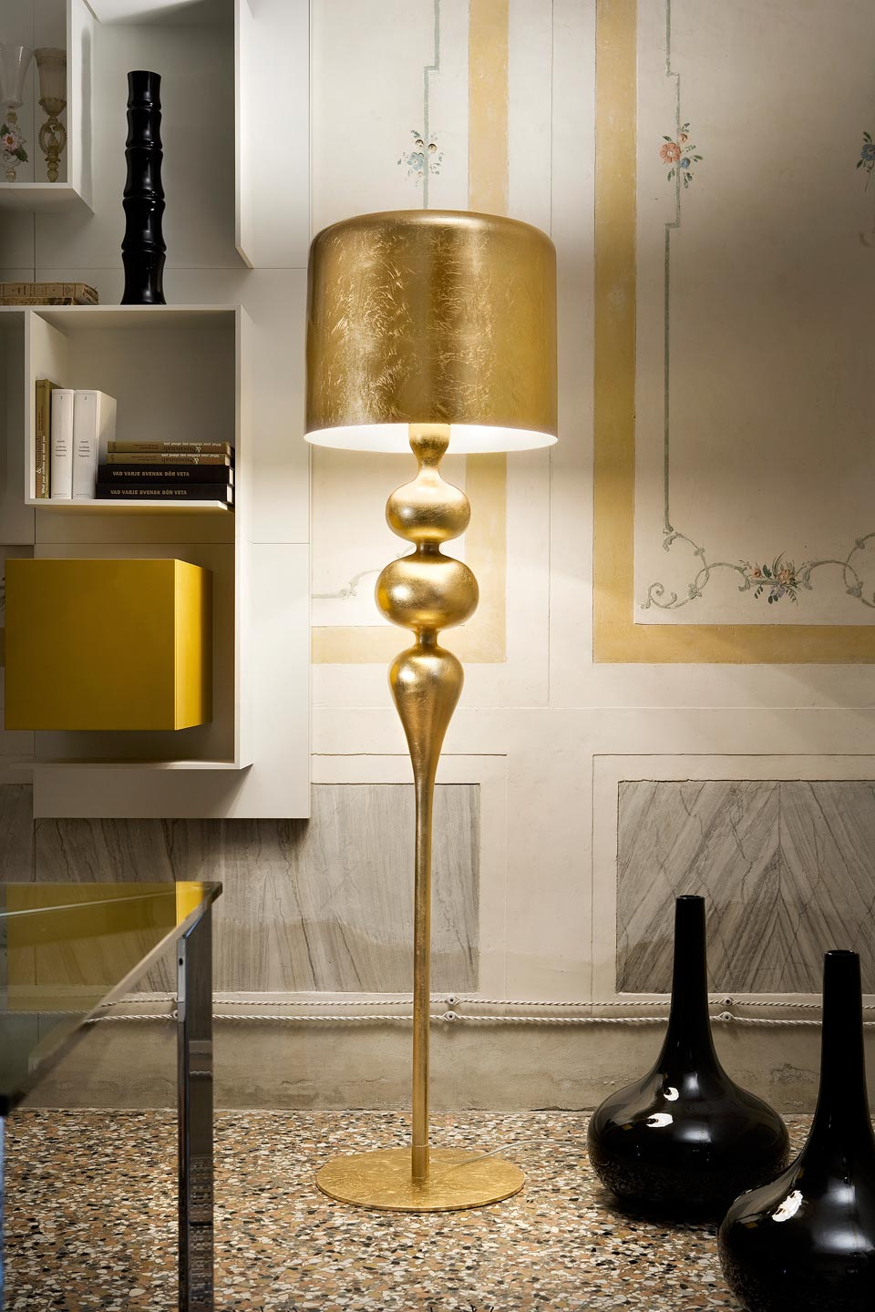 Large Eva Floor Lamp In Resin And Golden Polyurethane Masiero