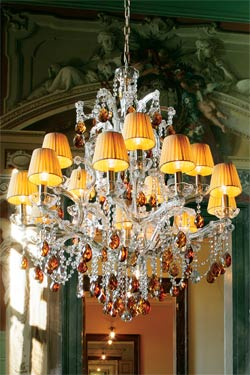 Gold and amber crystal chandelier in gold-plated metal | Masiero ...