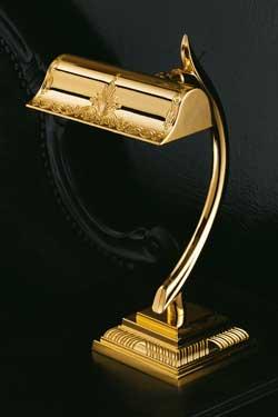Lampe de chevet dorée motif gravé. Masiero.