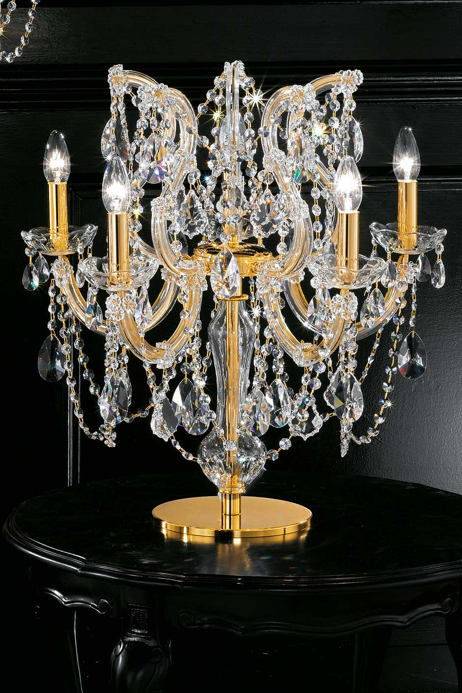 Crystal and gold-plated-metal 5-light candelabra table lamp . Masiero.