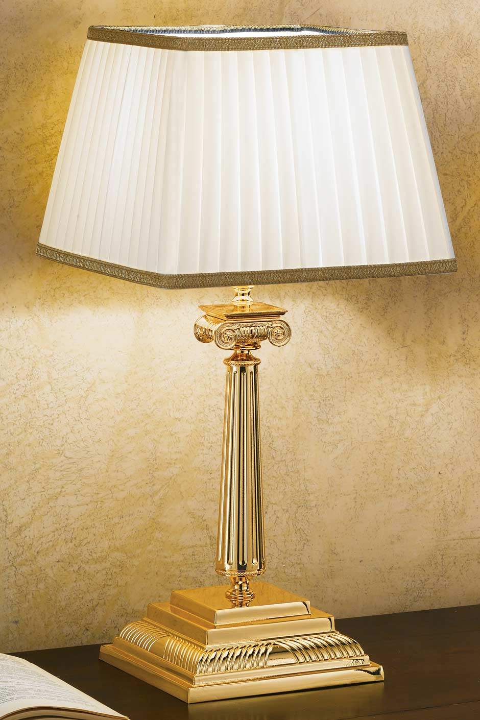 Gold Plated Bronze Table Lamp With Square Base Masiero Murano