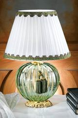 Small green Murano glass table lamp with white shade. Masiero.